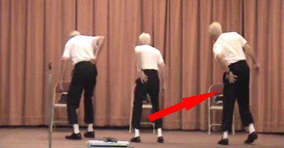 Tre gamle menn går opp på scenen… Men VENT til de begynner å danse! Publikum blir gale!